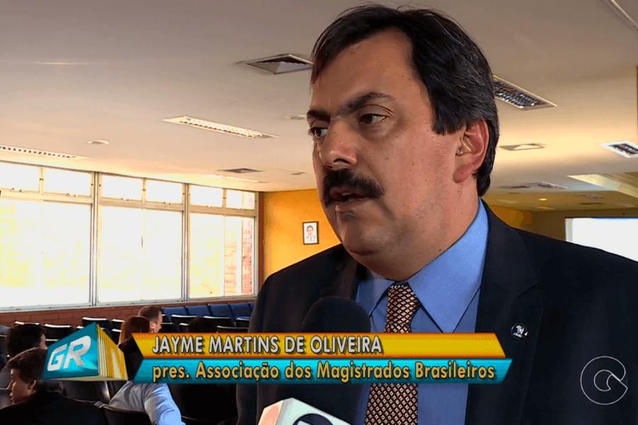 Jayme de Oliveira fala sobre novo CPC em entrevista à TV Grande Rio