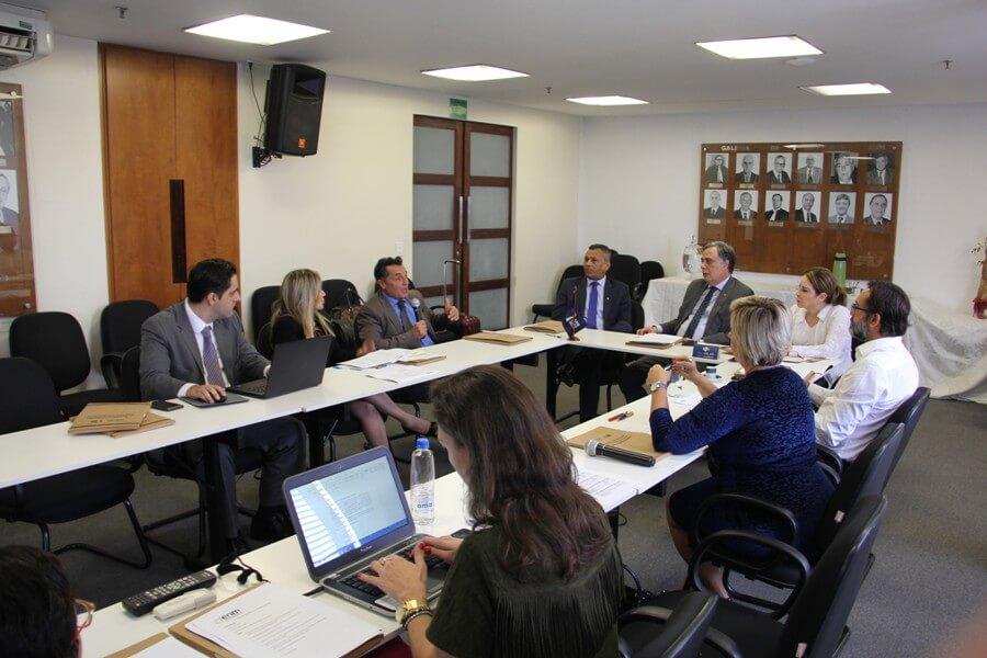 ENM-AMB discute novas diretrizes para 2018